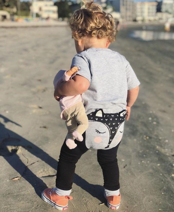 Pantalones para bebé que parecen un tanga