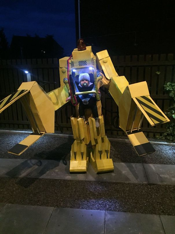 Aliens Power Loader - 1st Halloween