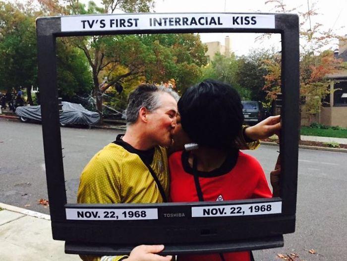 El primer beso interracial en televisión, Star Trek