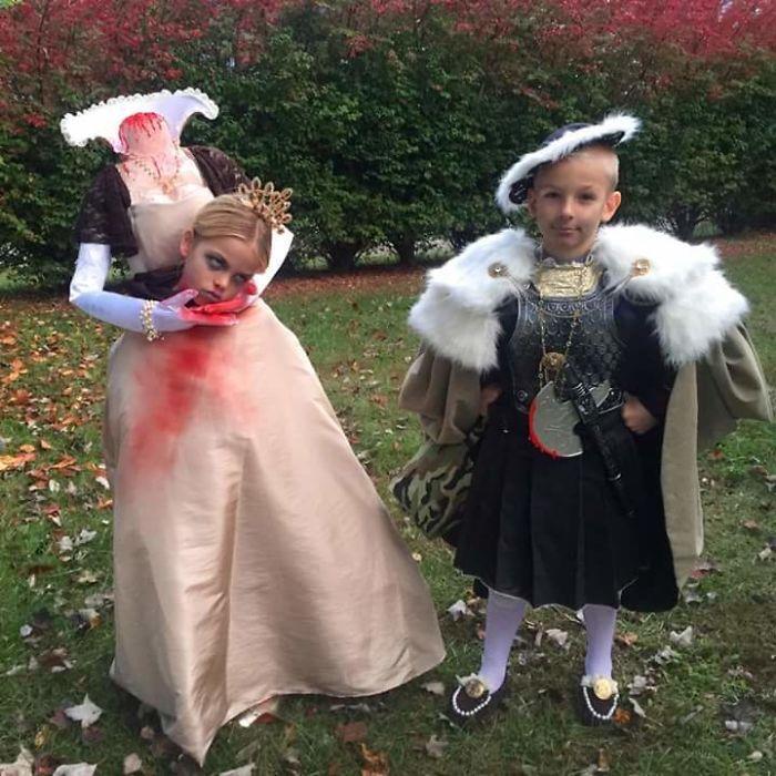 Die Halloween Kostüme der Kinder meiner Freunde, Hery VIII und Ann Boleyn