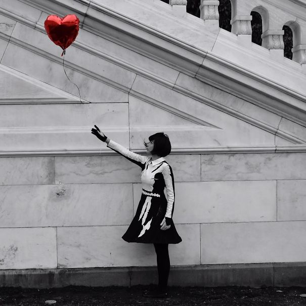 "Friend Of Mine Went As Banksy's ""Balloon Girl"" For Halloween. Decided To Snap This Photo"