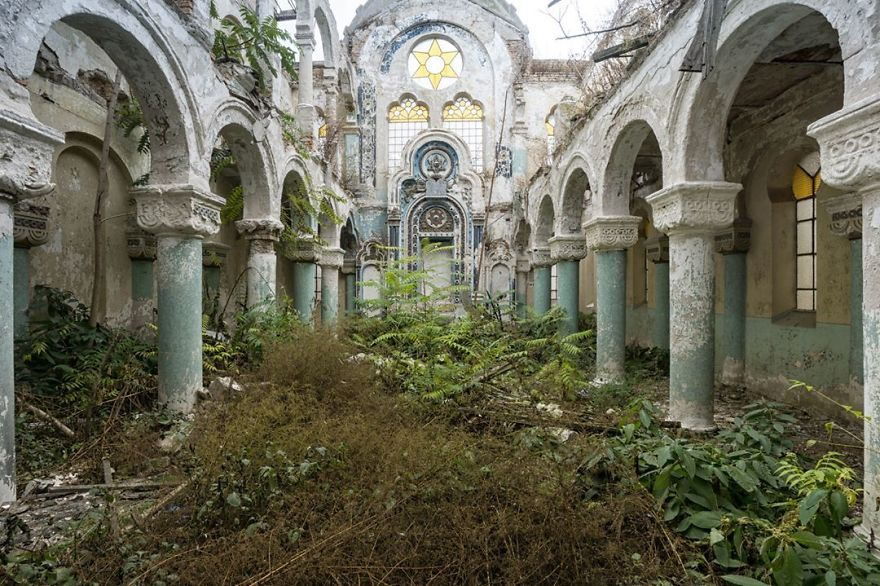 Abandoned Synagogue In Romania