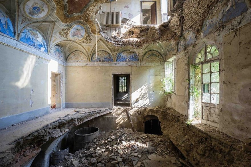 Abandoned Villa In Italy