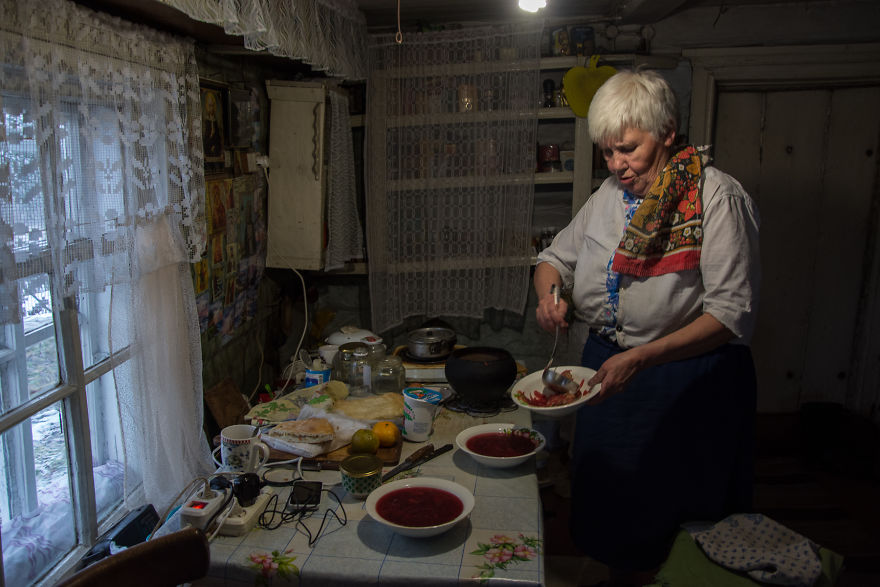 I Met A 73-Year-Old Woman Living Alone On The Edge Of Civilization And This Is Her Story