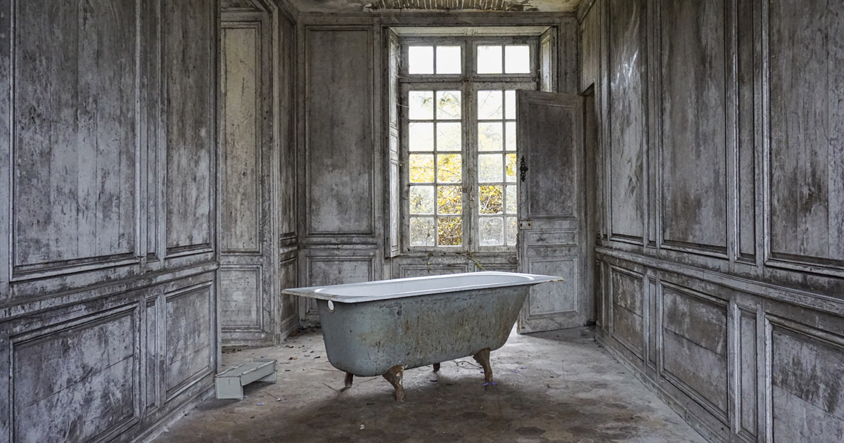 I Photograph The Beauty Of Abandoned Buildings In Europe