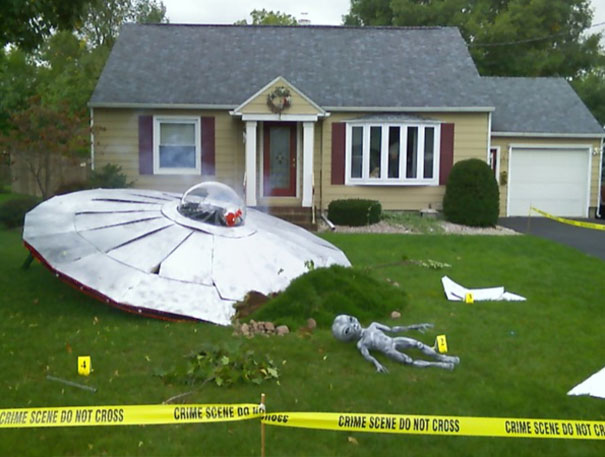 UFO Crash Halloween