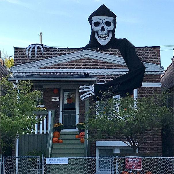 Giant Skeleton Halloween Decoration