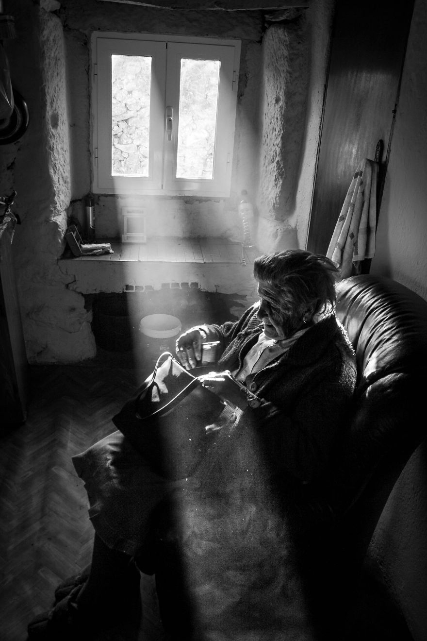 I Photographed A Series Featuring People Who Live In Constant Solitude