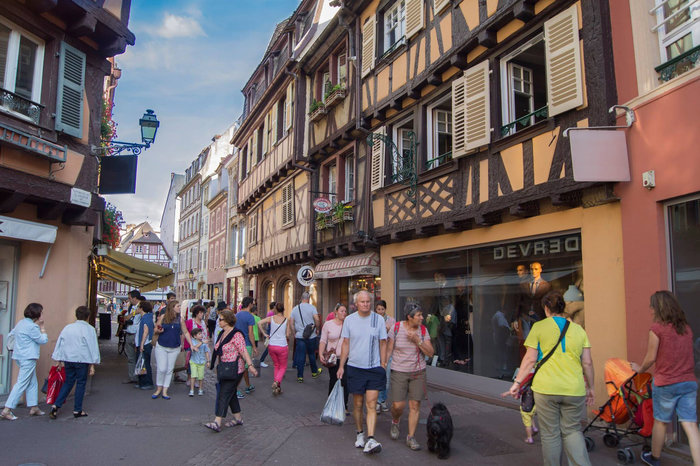 Walk Through Busy Streets More Easily