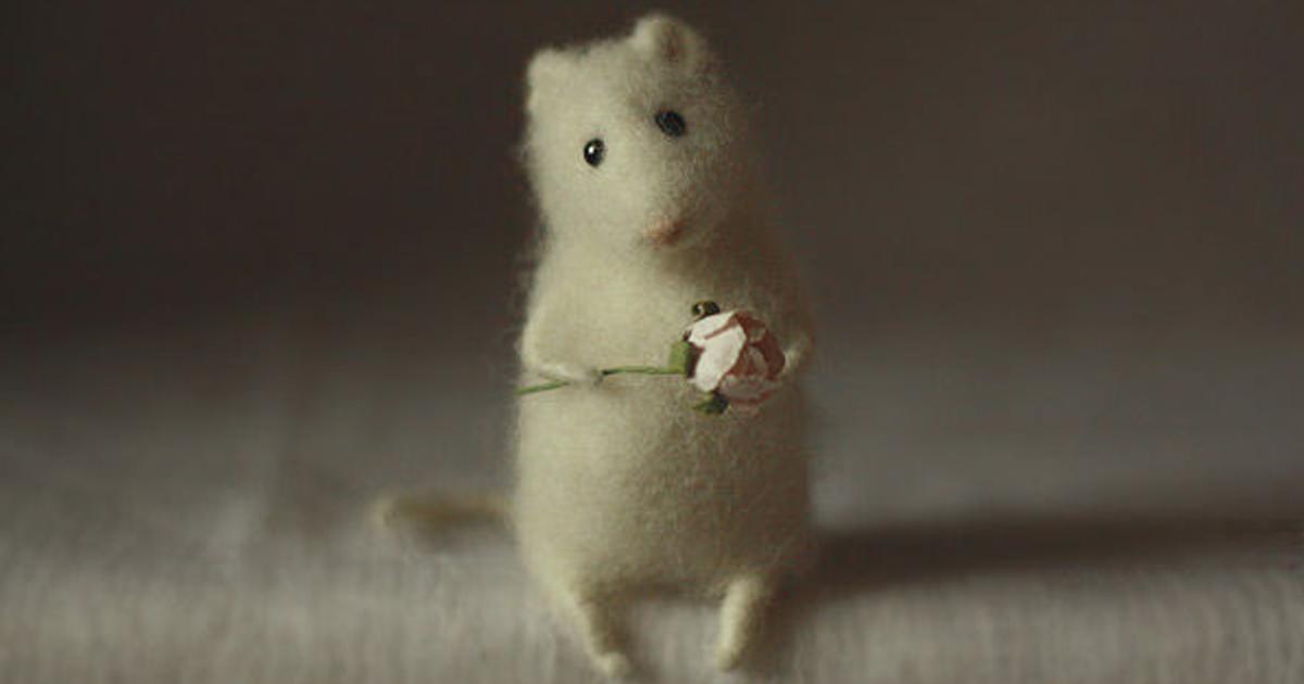 Artist Creates Heartwarming Needle Felting Characters