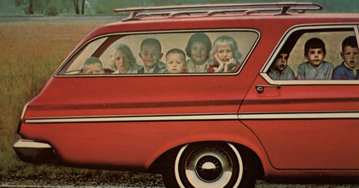 21 Photos From The 60s Prove That Station Wagons Were The Coolest Cars Ever