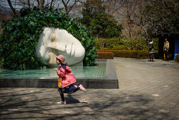 72 Quirky And Extraordinary Moments Of Everyday Life In Japan By Shin Noguchi