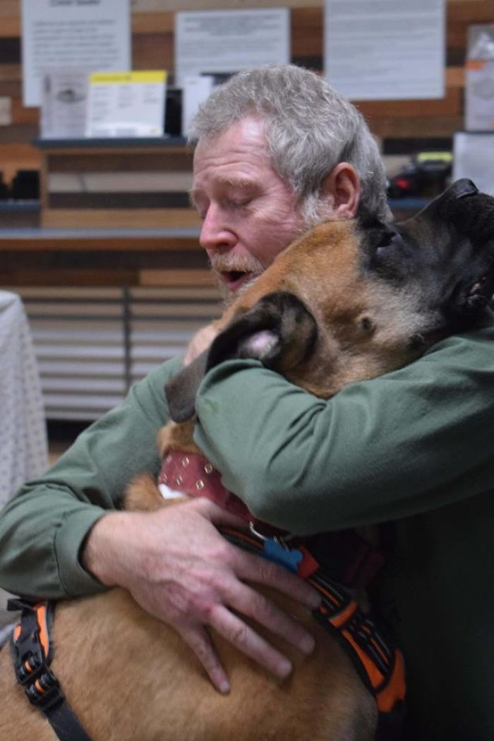 Man Reunited With His Dog After Fires In Paradise, CA