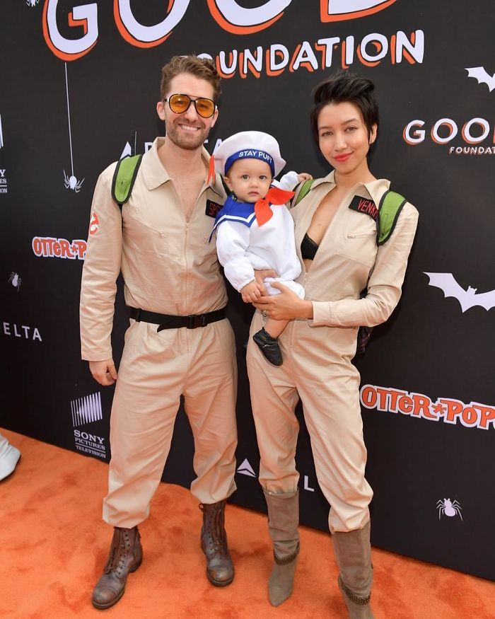 Matthew Morrison And Renee Puente As 'Ghostbusters' Characters