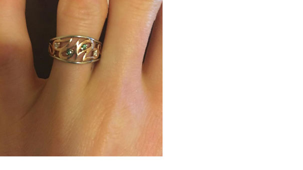 Engagement-ring-5be1fa0abf6bb-png.jpg