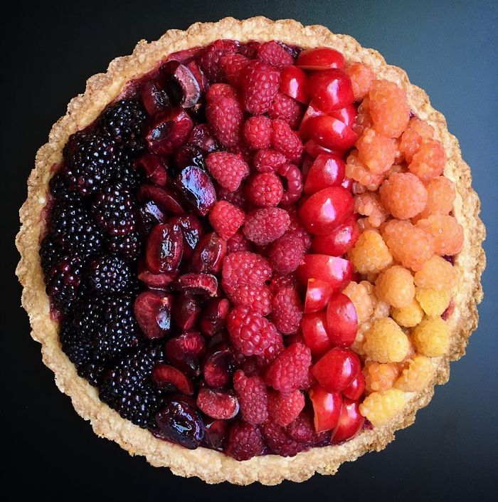 This Woman Takes Pie Baking To Another Level (News Pics)
