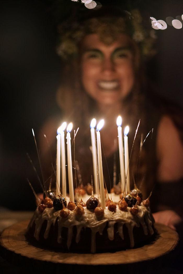 Acorn And Bourbon Elf Queen Cake