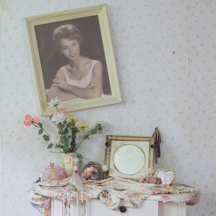 Famous Model's House Sits Completely Abandoned With Everything Left Behind