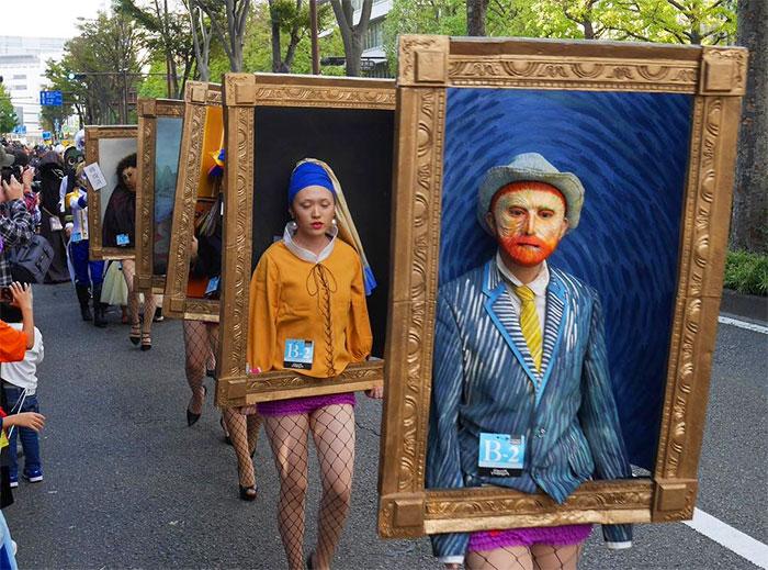 Estas estudiantes de arte japonesas se transformaron en cuadros famosos, incluido el mayor fail, el Ecce Homo