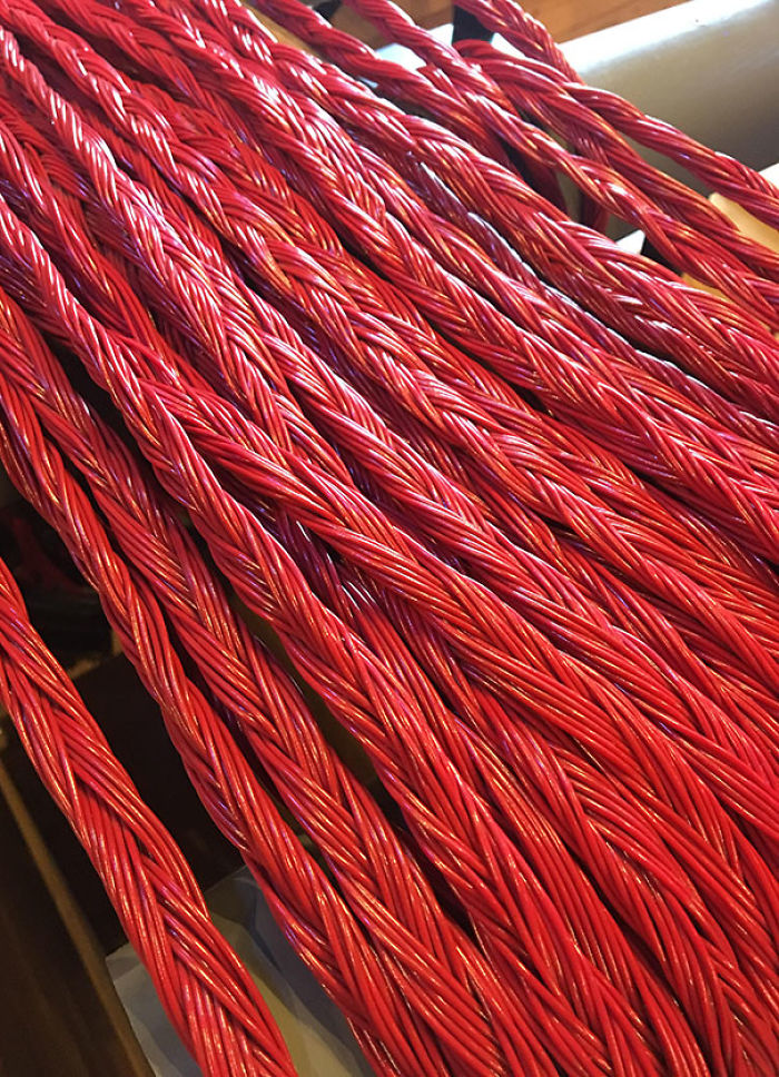 Forbidden, Electrified Twizzlers