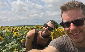 Estos tipos decidieron pasar un viaje como las típicas chicas de Instagram, y sus fotos son divertidísimas