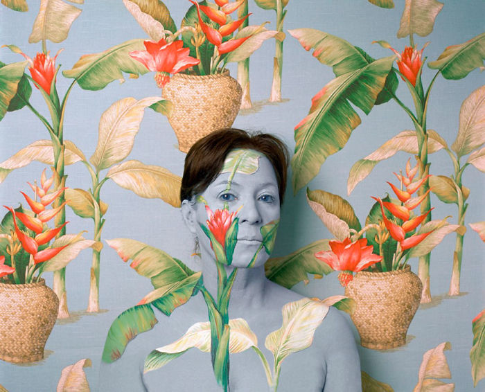 Meet Cecilia Paredes, The Artist Who As A Chameleon Mixes With Her Works