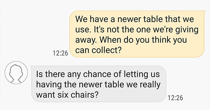 Guy Gets Accused Of Ruining Christmas After Not Delivering A Free Table To A Client 180 Miles Away