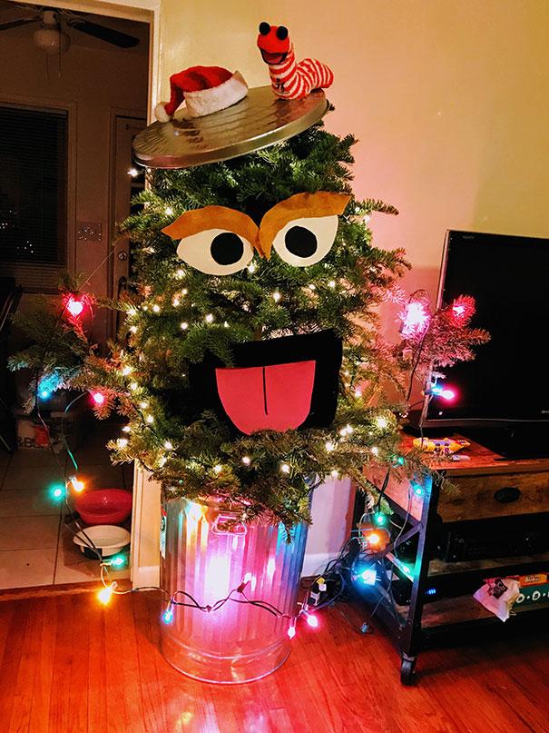 Ugly Christmas Tree Turned Into Oscarmas (And Slimy)