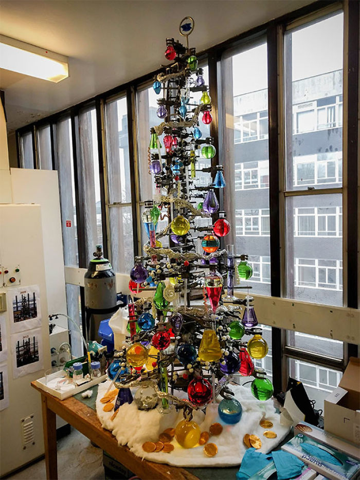 Mein Labor hat einen neuen Weihnachtsbaum