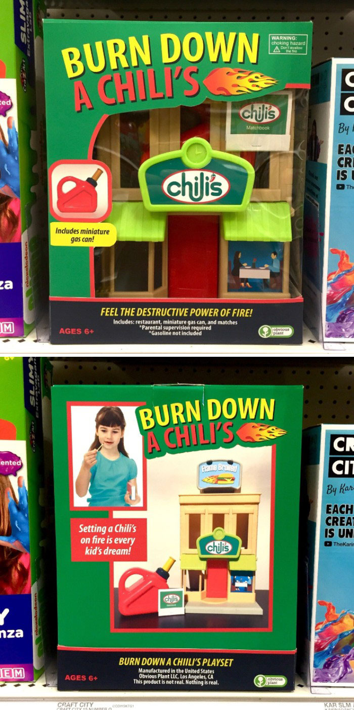 Funny-Fake-Christmas-Toys-Obvious-Plant