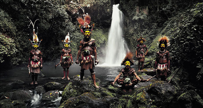 Huli Wigmen, Cataratas Ambua, Valle de Tari, Papua Nueva Guinea