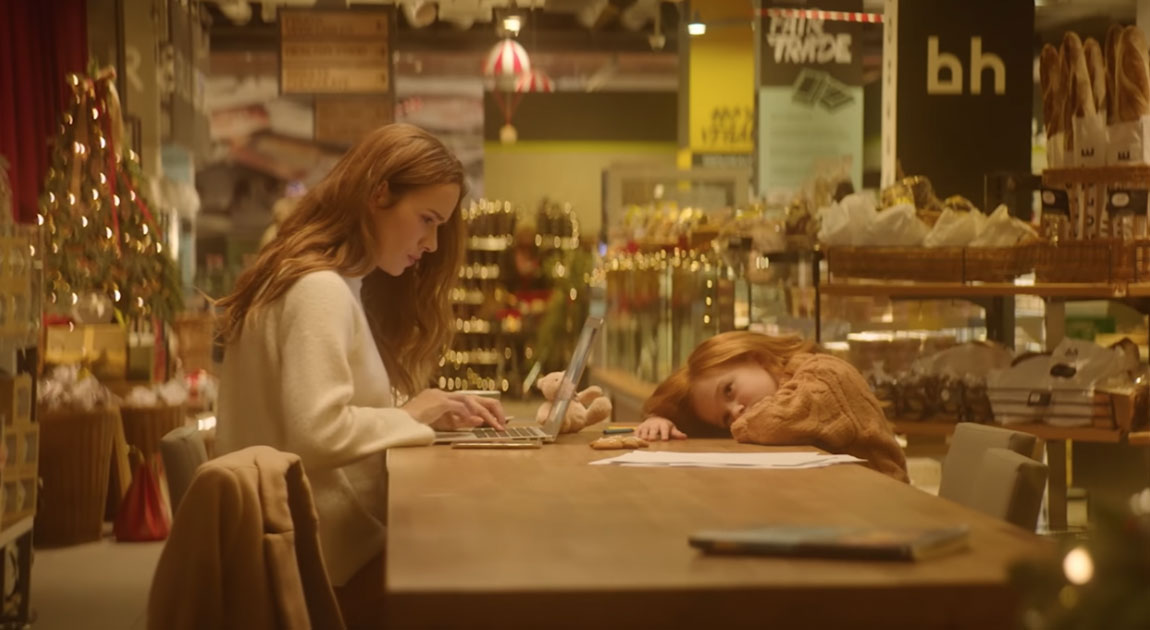 An Emotional Christmas Ad Will Show Every Busy Parent That Work Can Wait