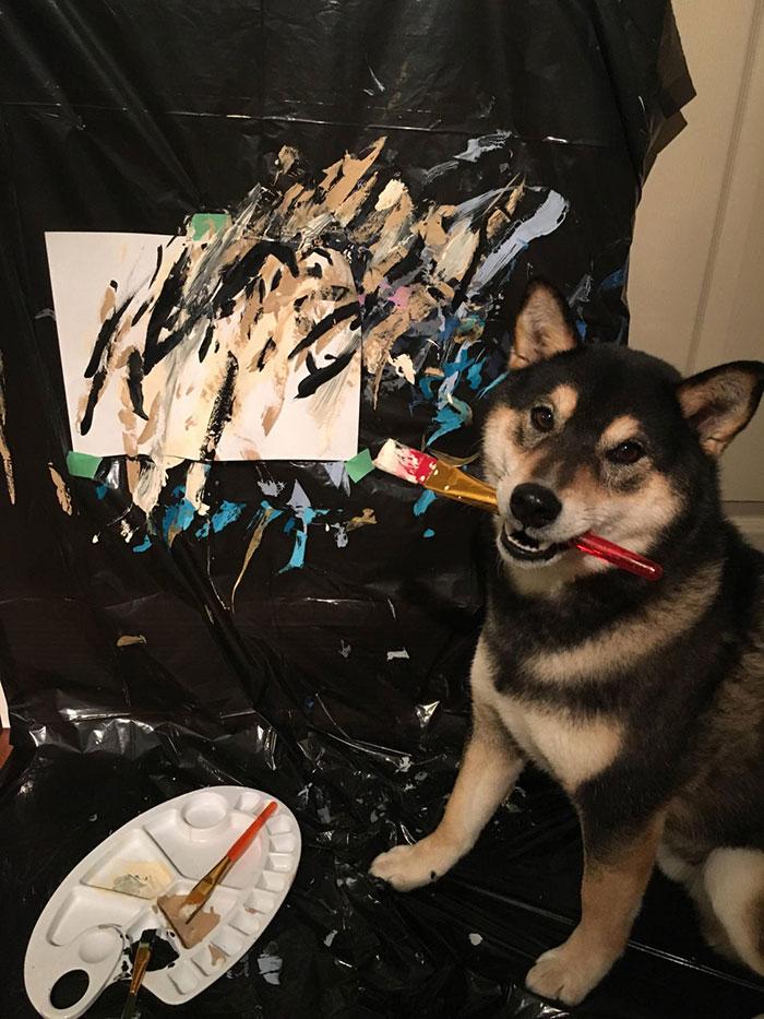 Хънтър е невероятно щастлив, когато рисува, а Кени и Денис са около него...