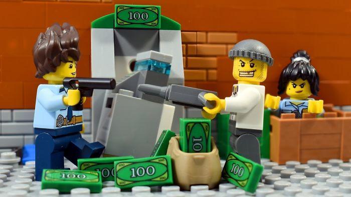 Lego City Police Ep 1 – Atm Robbery Finally Fail