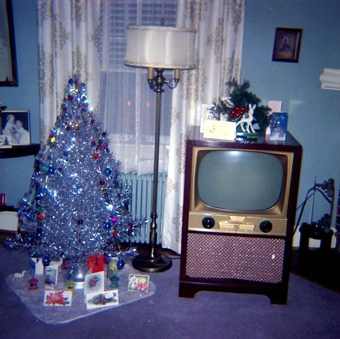 Vintage-Christmas-House-Interior-Decorations