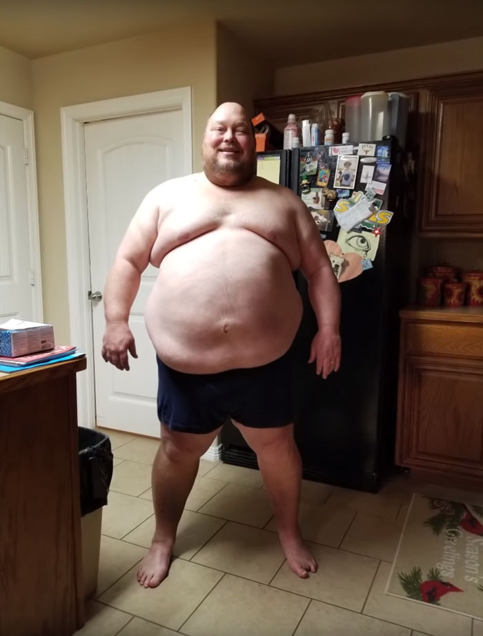7ab3f5d586 He started his weight-loss journey on November 19, 2017, weighing 475 pounds
