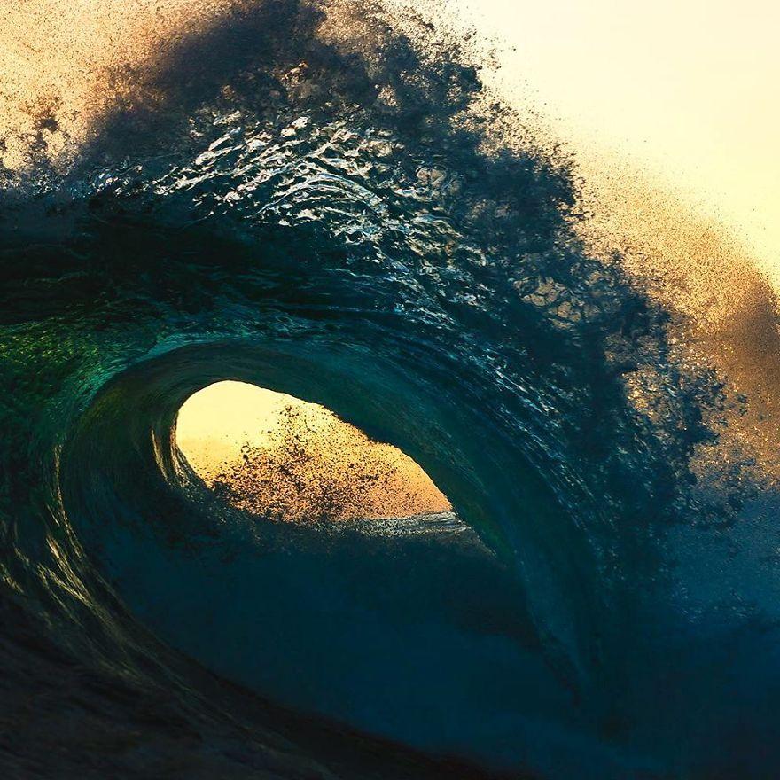 المصور الاسترالي ( مات برجيس ) - وجمال المحيط  10-Beautiful-Ocean-Images-Captured-in-2018-5c3c8dc48e78f__880