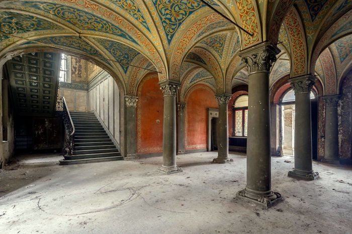 30 Abandoned Places In Italy That Look Truly Beautiful
