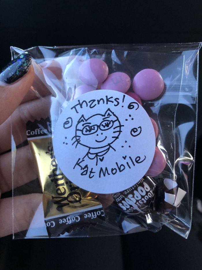 The Uber Driver I Got Today Gives Out Treats