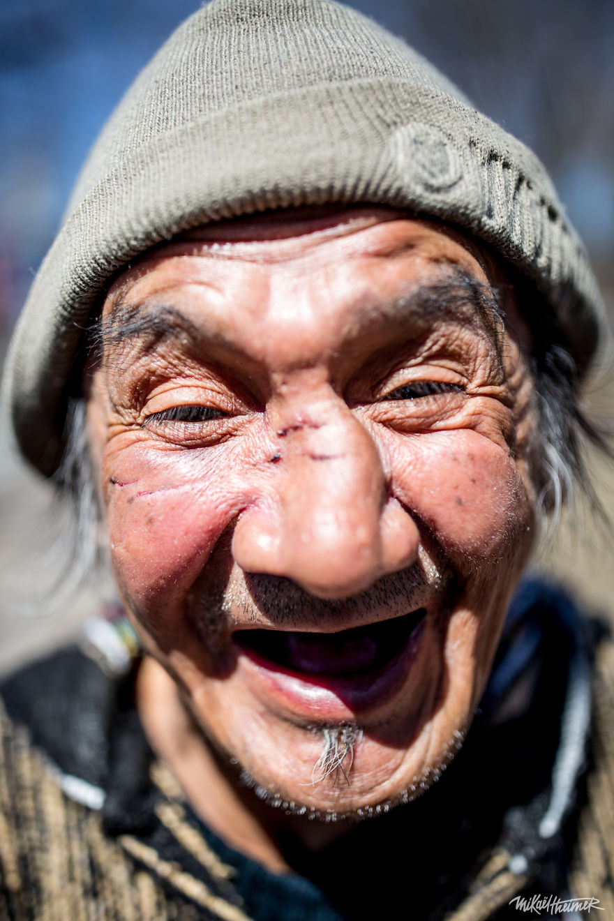 I Photograph The Colorful Faces Of People In Montreal. Up Close And Personal.