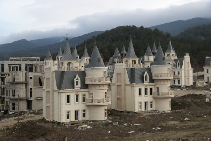 Someone Built A $200 Million Village Of Disney-Like Castles, Realizes His Mistake When It's Too Late