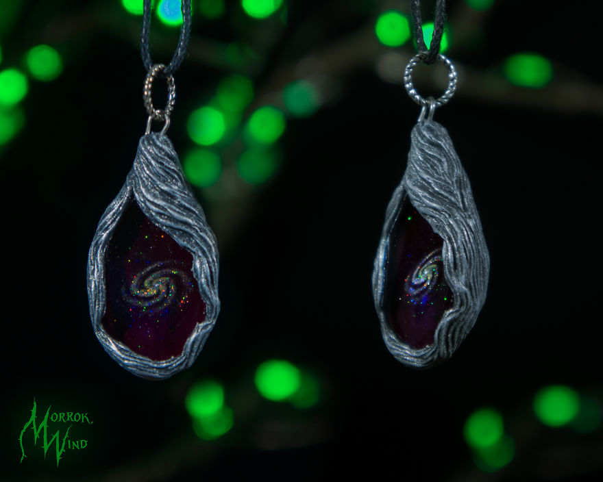 Hi! My Name Is Julia And Among Other Things I Create Galaxies! (+19 Pics)