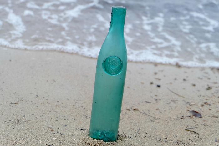 Botella de Maraschino de 200 años