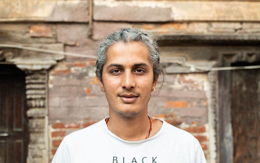 Max, Nepal