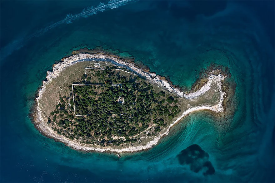 Fish shaped island in Croatia By Milan Photo