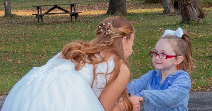 Girl With Autism Confuses Bride With Cinderella And Bride Raises Funds To Take Her To Disney World