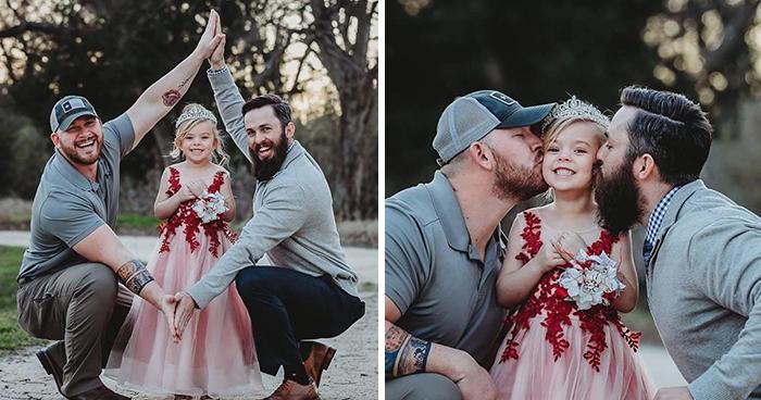 Dos padres y su hija hacen una sesión de fotos adorable, pero no son una pareja del mismo sexo