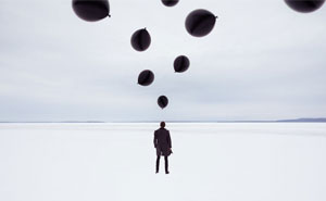 I Use My Surreal Balloon Photography To Transport People To Another World