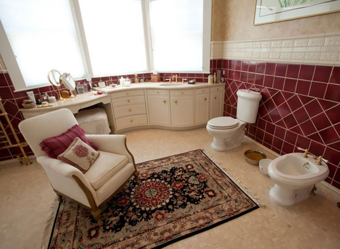 On Cold Winter Nights There's Nothing Quite Like Curling Up In Front Of A Roaring Toilet