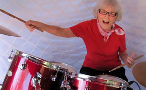 This Woman Started Drumming In 1920 And She Still Has What It Takes At The Age Of 106